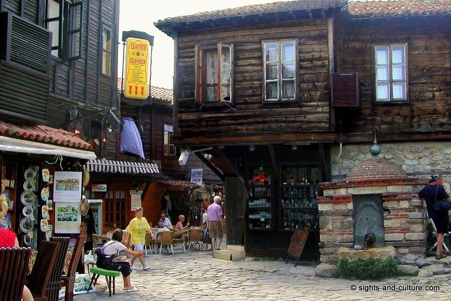جمهورية بلغاريا Nessebur-fountain-51