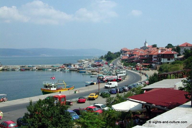 جمهورية بلغاريا Nessebur-harbour-513