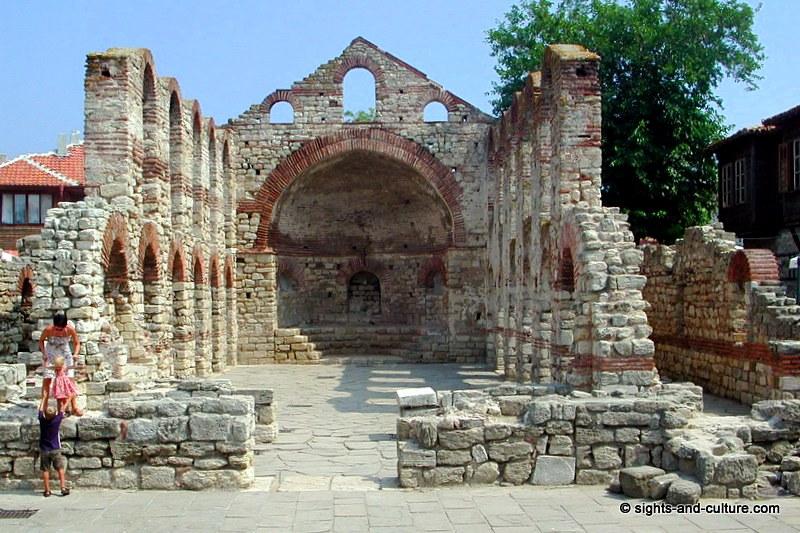 جمهورية بلغاريا Nessebur-old-metropo