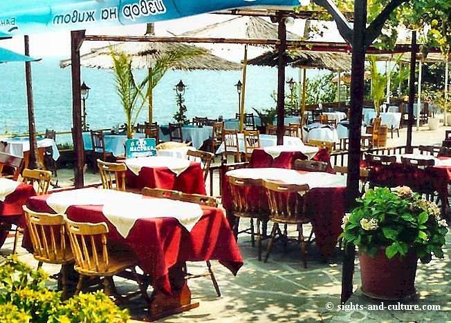 جمهورية بلغاريا Nessebur-tavern3.jpg