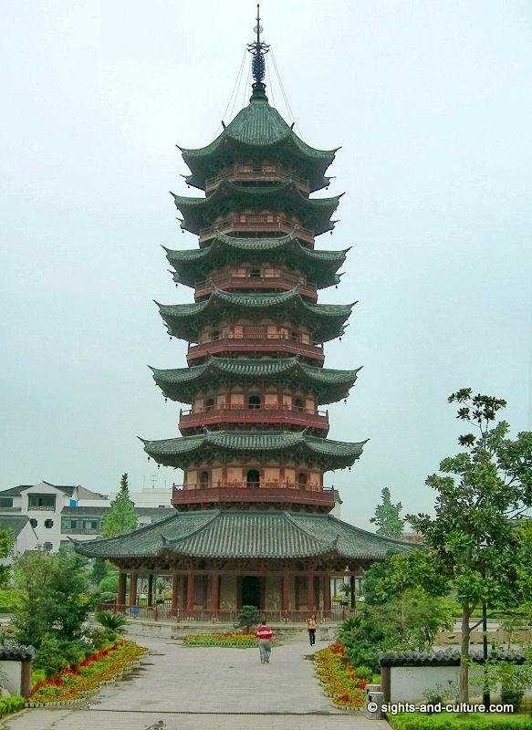 external image suzhou-ruiguang-ta-pagoda-0073.jpg